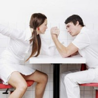 Barbatii traiesc mai putin ca femeile