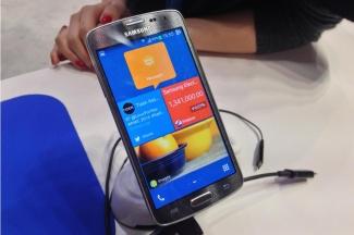 Samsung va lansa un smartphone cu Tizen pana in iunie